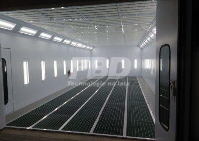Kabina lakiernicza SAIMA oświetlenie LED pionowe