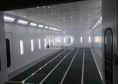 Przemysłowa kabina lakiernicza wielkogabarytowa 12m x 5m a