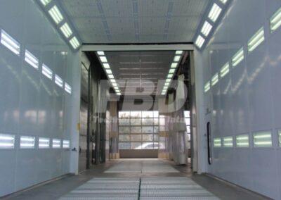 Wielkogabarytowa kabina lakiernicza i strefa przygotowawcza SAIMA