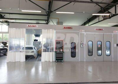 Wyposażenie lakierni Kabina lakiernicza SAIMA, strefa przygotowawcza dla Mercedes Benz